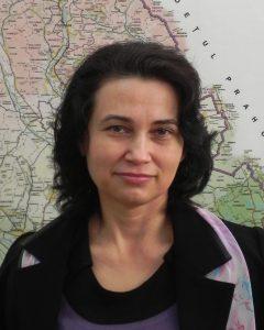 IoanaVoicu-240x300